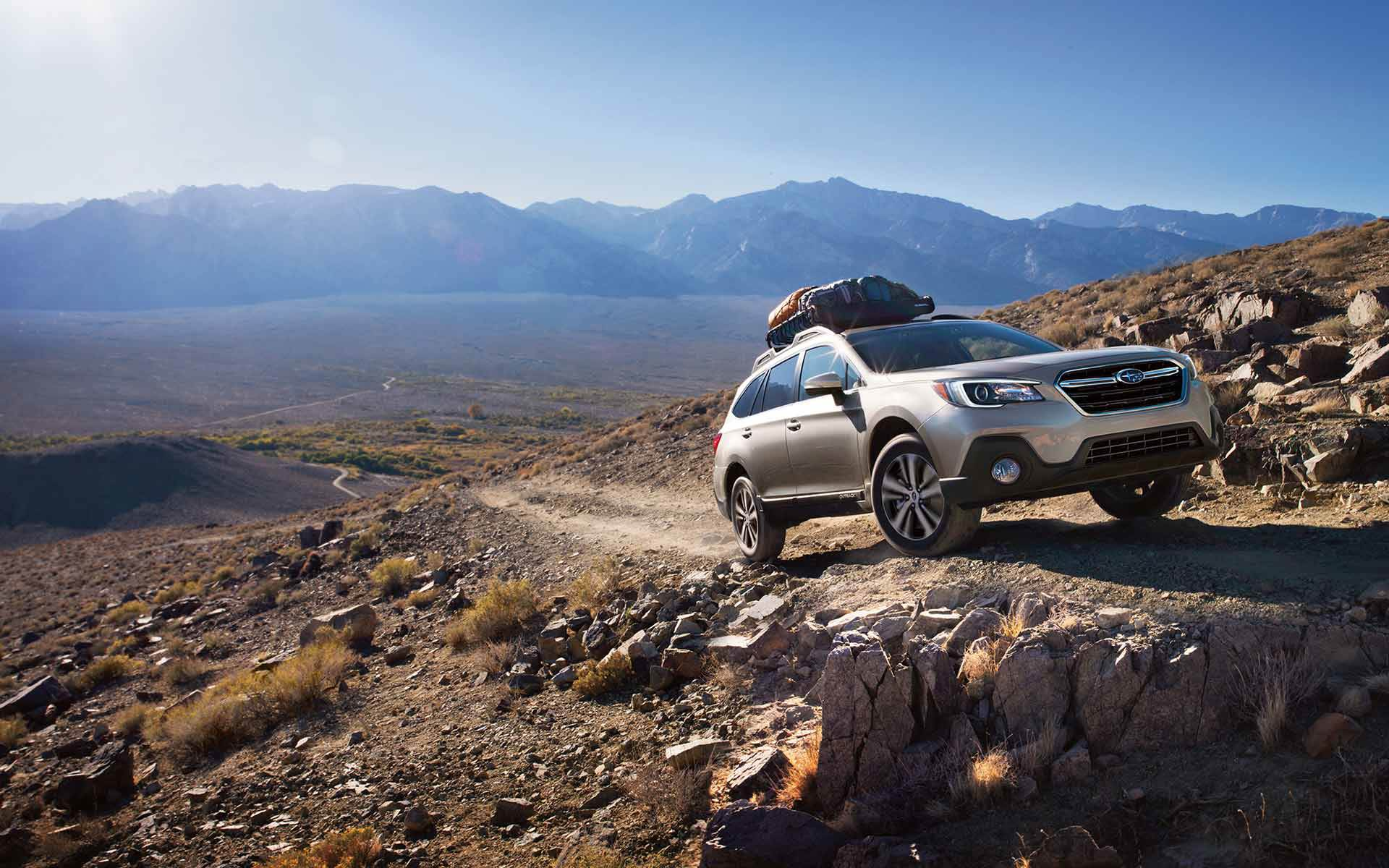 2019 subaru outback vs 2019 buick regal tourx comparison review by east hills subaru roslyn ny. Black Bedroom Furniture Sets. Home Design Ideas