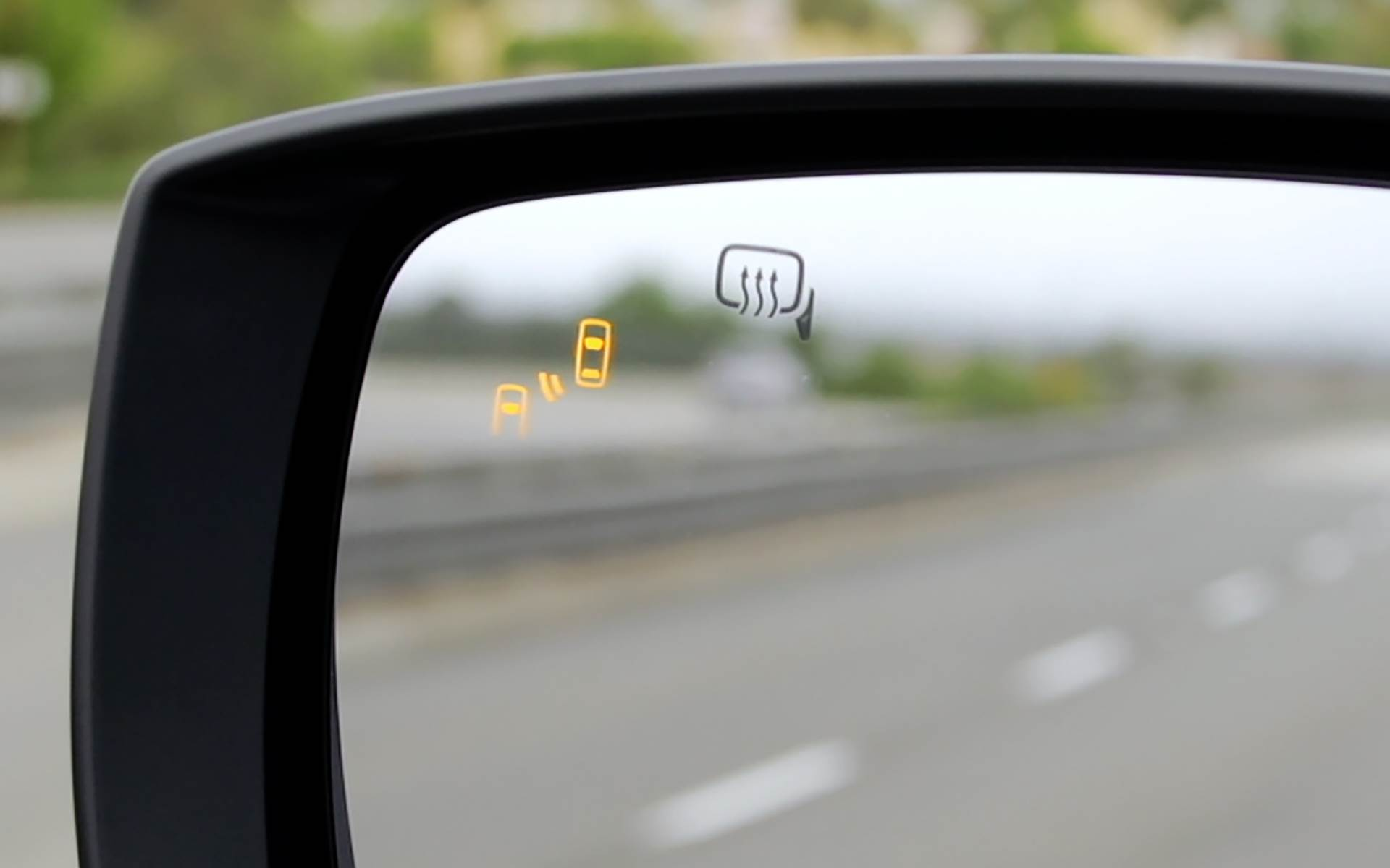 Blind spot detection with lane change assist and