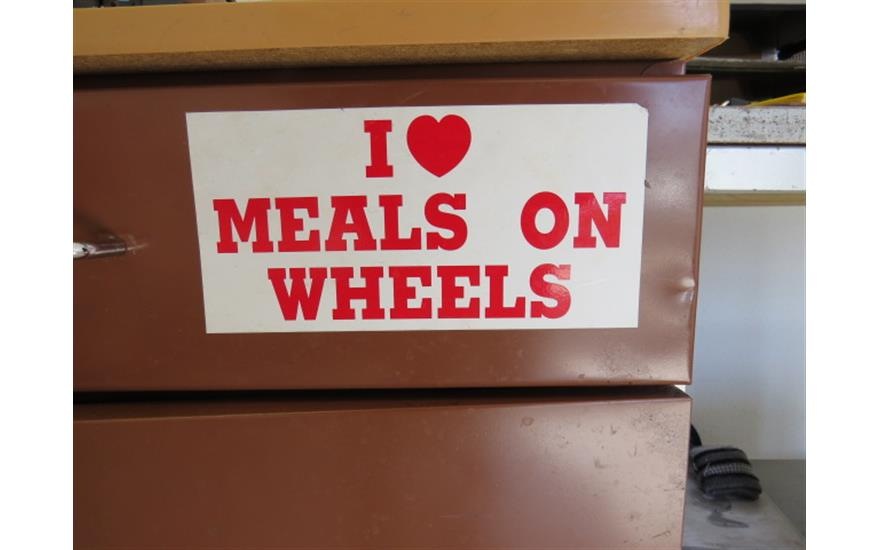 Hanlees Supports Meals On Wheels