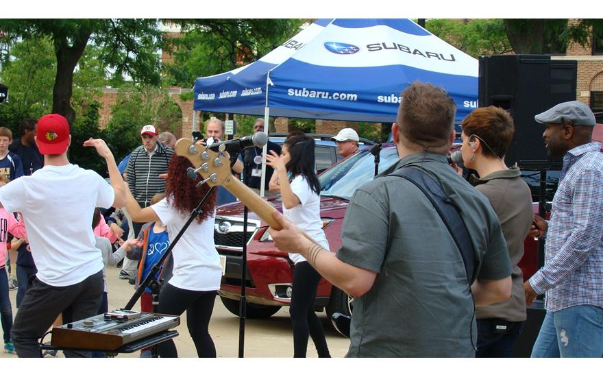 Evanston Subaru sponsors, Wednesdays on the Green