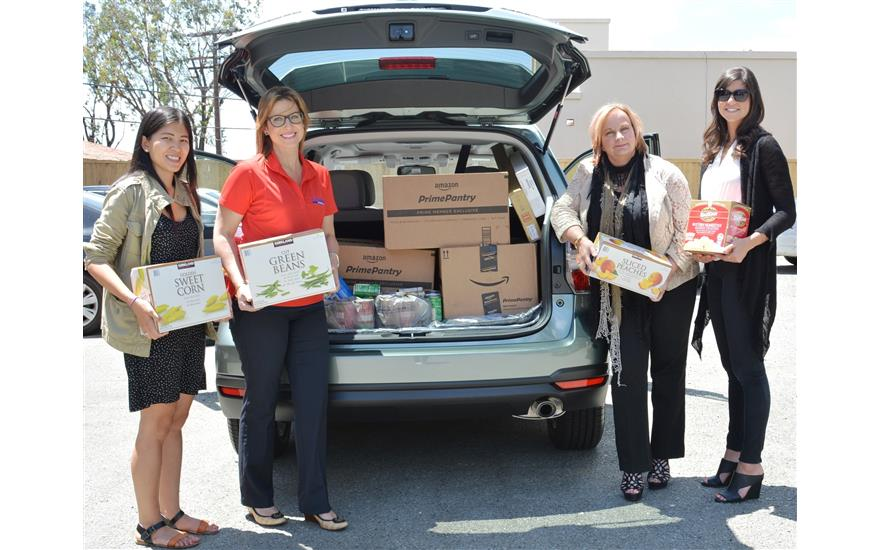 Subaru Loves to Help Meals On Wheels Food Drive