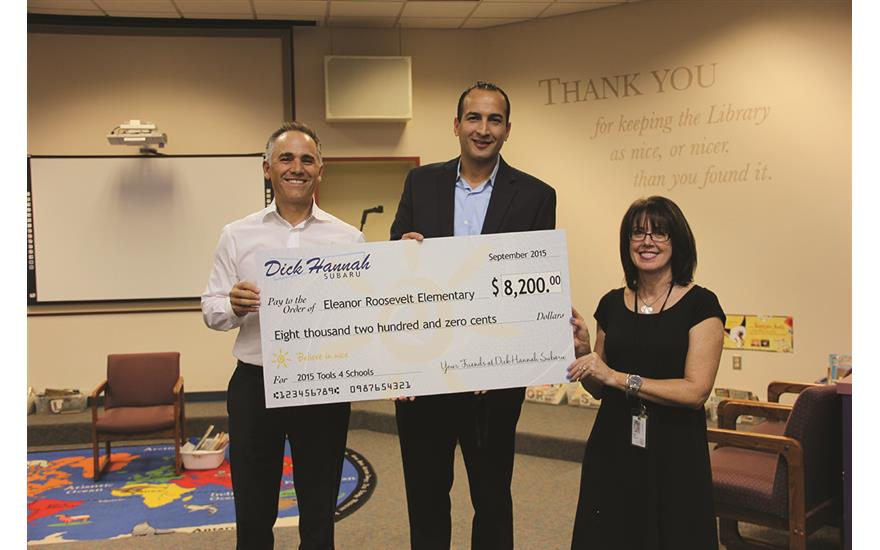 Hannah Subaru donates to local school