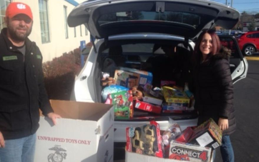 Premier Subaru delivers with Toys for Tots!
