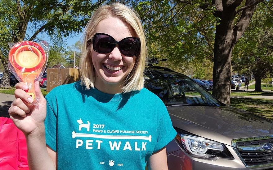 Hundreds of Pet Owners Head Out to Walk
