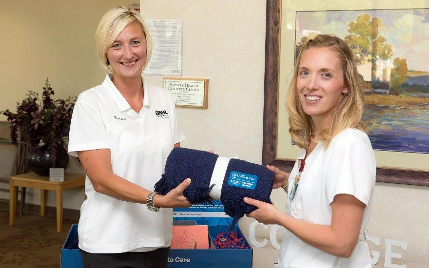 Dahl delivers warmth to local cancer patients