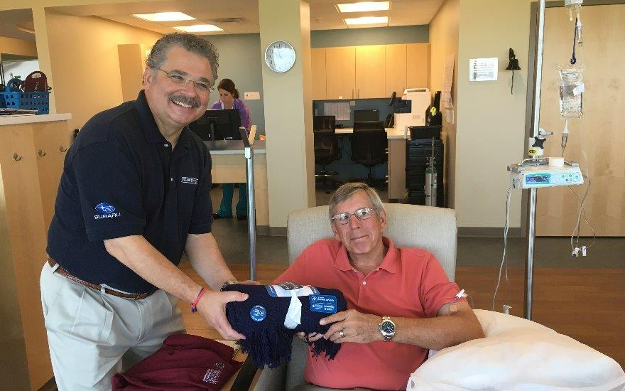 Gustman delivers LOVE & HOPE to cancer patients!