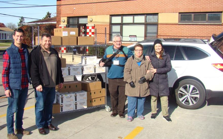 Thanksgiving Meals Donated to Niles Food Pantry