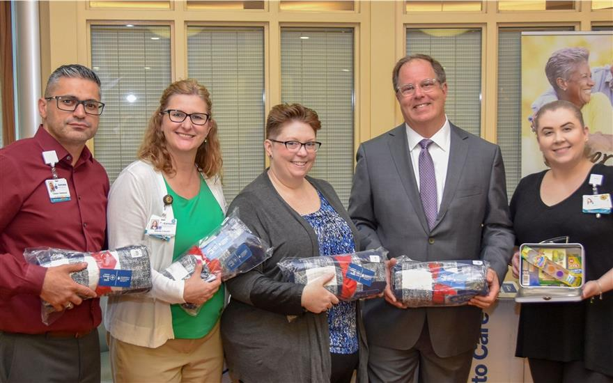 Glassman Subaru Delivers Blankets to Karmanos