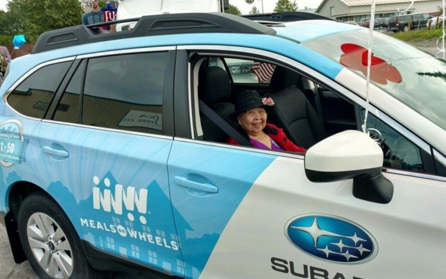Meals on Wheels Subaru in the Parade!