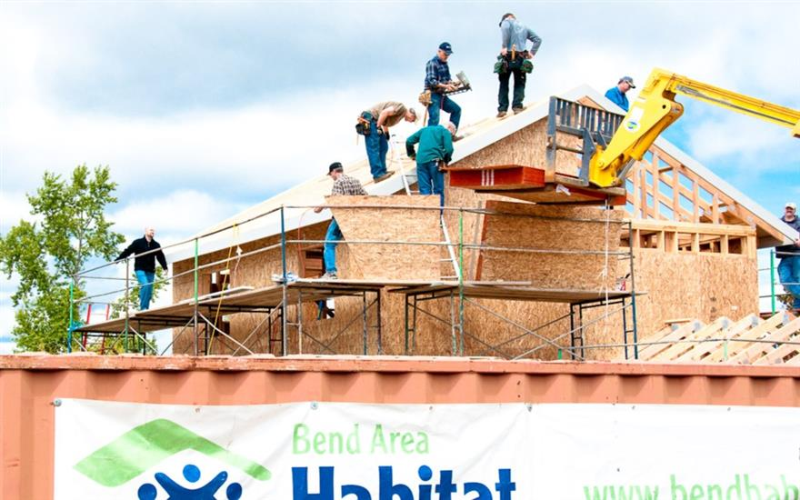 Subaru of Bend Shares the Love with Habitat