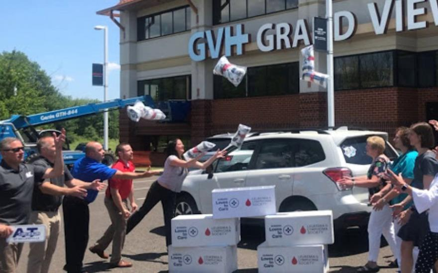 A&T Subaru & LLS bring love to Grandview patients!