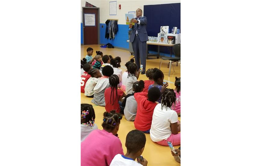 Juicy Read at Lamar-Milledge Elementary