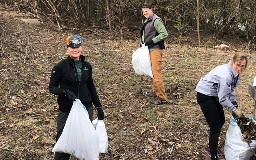 Cleaning Up the White River Park!