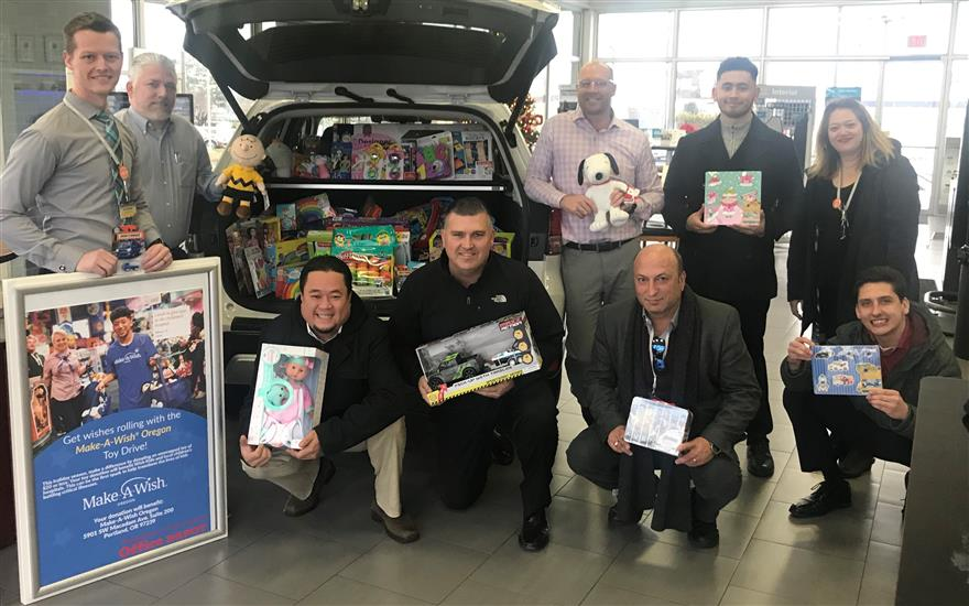 Gresham Subaru makes the holidays magical!