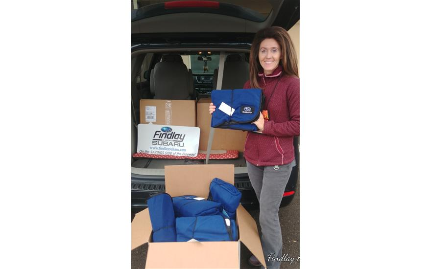 Findlay Subaru Donates 80 Blankets to Switchpoint