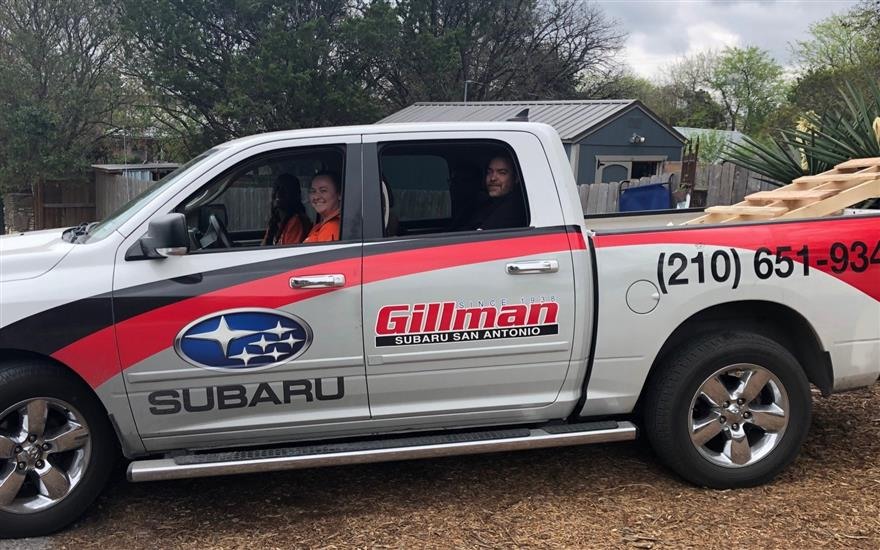 Gillman Subaru & Charming Pet Rescue