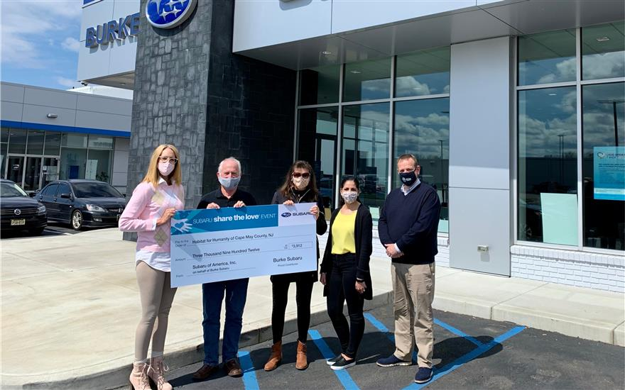 Burke Supports Habitat During Share the Love