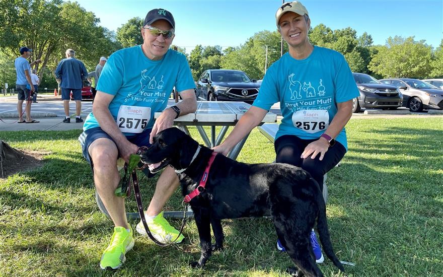 Hunter Subaru is first place at Strut Your Mutt!