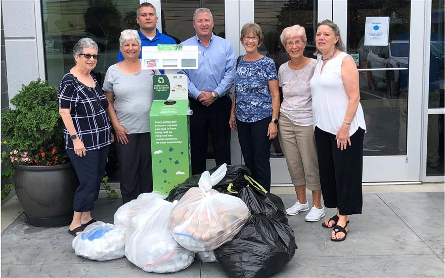 Bailey's Glen Residents Recycle