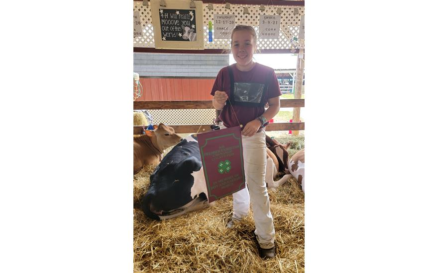 """B.R. Subaru of Norwich """"Shares the Love"""" with 4-H"""