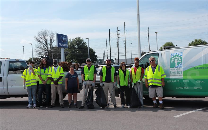 Subaru cleans up 250lbs of litter!